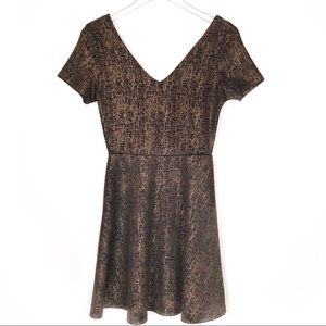 Rolla Coster • Black & Gold V-Neck Party Dress